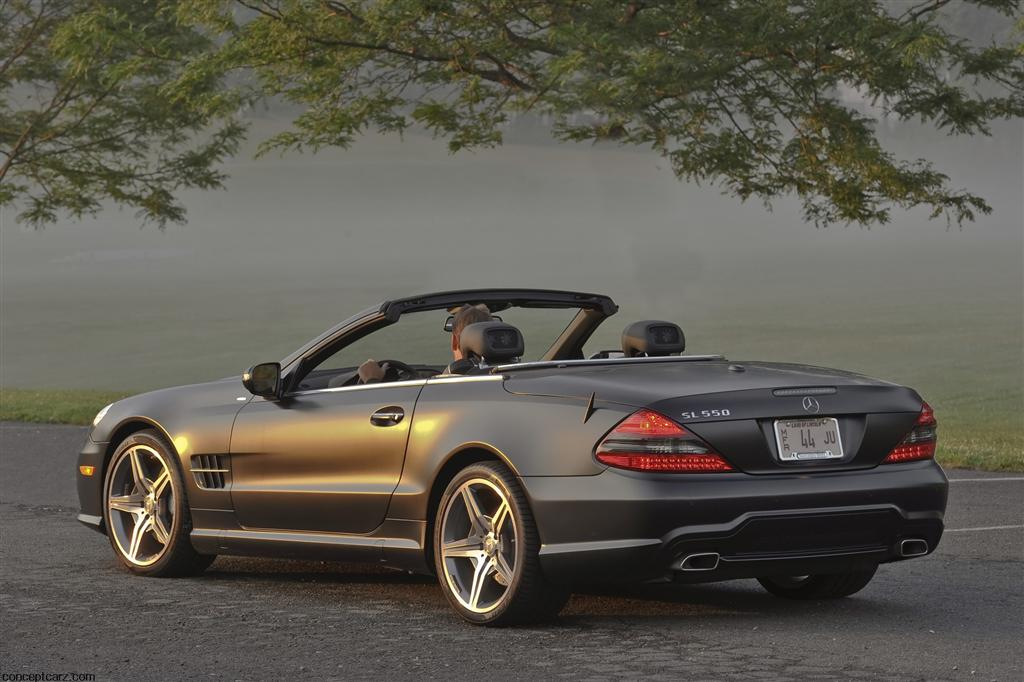 2011 mercedes benz sl550 night edition for Mercedes benz sports car convertible