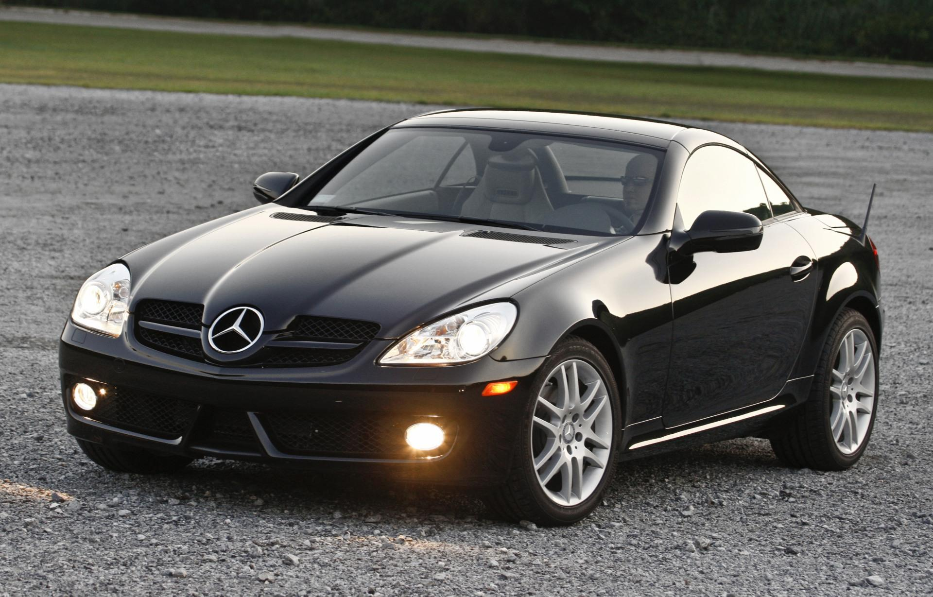 2011 mercedes benz slk class. Black Bedroom Furniture Sets. Home Design Ideas