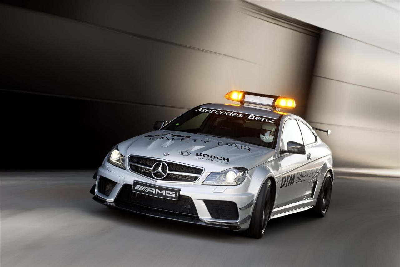 2012 Mercedes-Benz C63 AMG Coupé Black Series Image