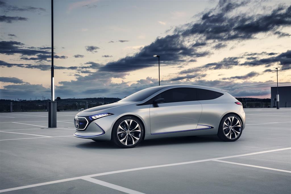 Mercedes-Benz Concept EQA Show Car pictures and wallpaper