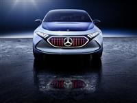 2017 Mercedes-Benz Concept EQA Show Car