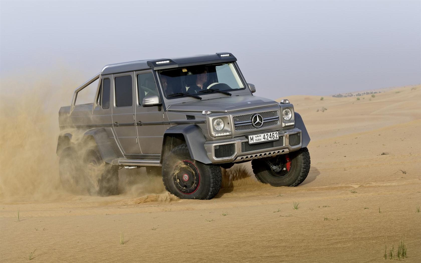 2013 mercedes benz g63 amg 6x6 concept images photo for Mercedes benz amg 6x6 price