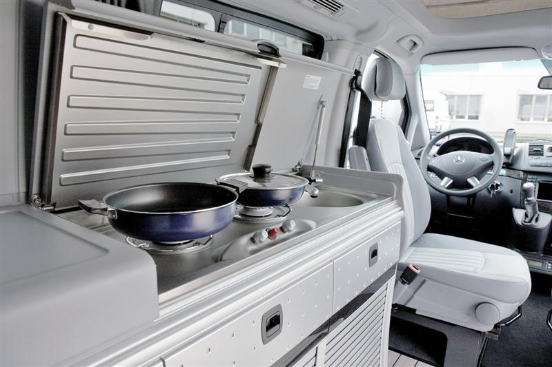 2014 Mercedes Benz Sprinter Caravan Concept Images Photo