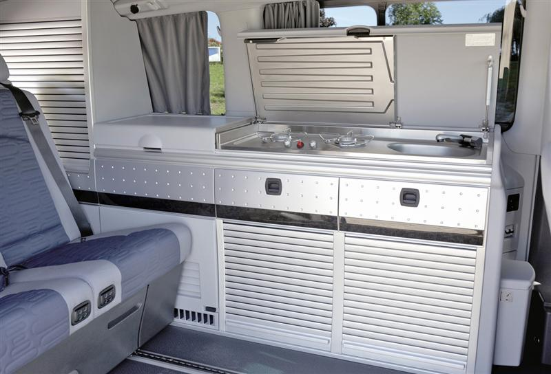 Image gallery sprinter caravan for Mercedes benz caravan