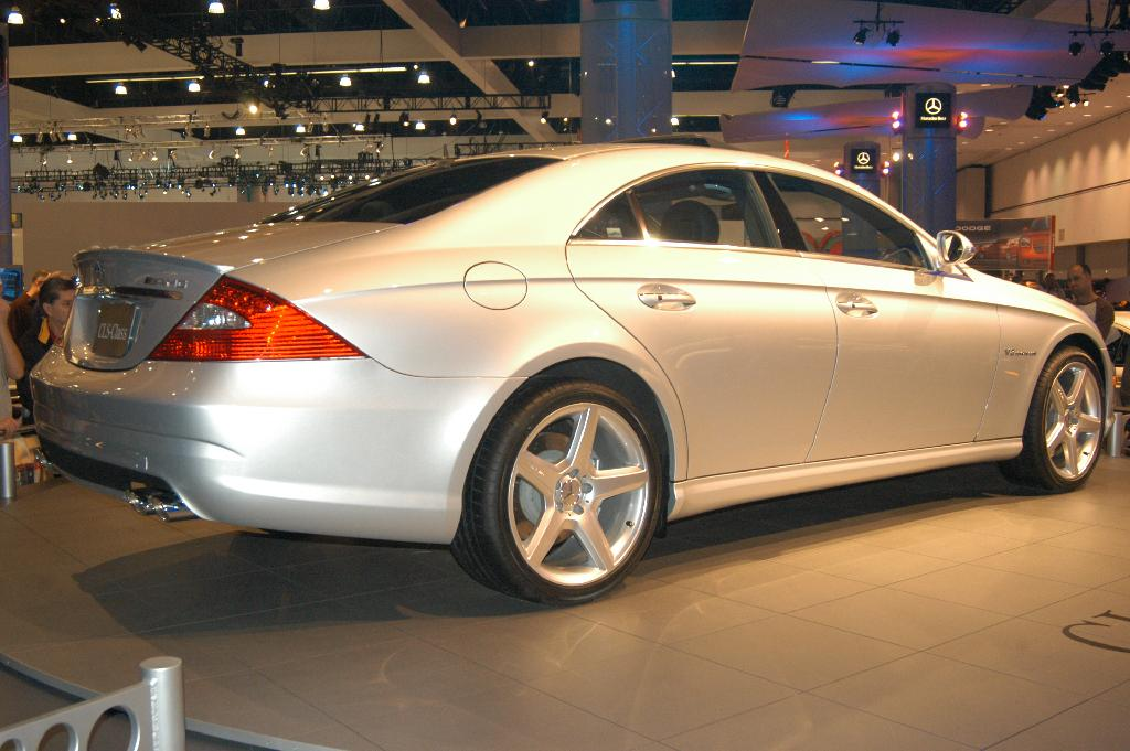 Auction results and data for 2005 mercedes benz cls55 amg for Mercedes benz cls55
