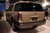 2004 Mercury Mountaineer image.