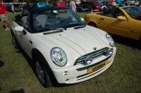 2006 MINI Cooper image.
