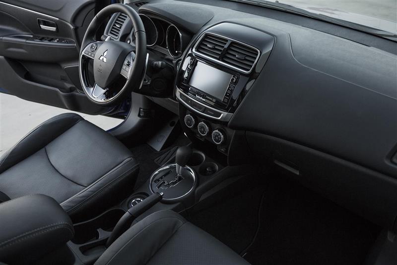 2016 Mitsubishi Outlander Sport Image