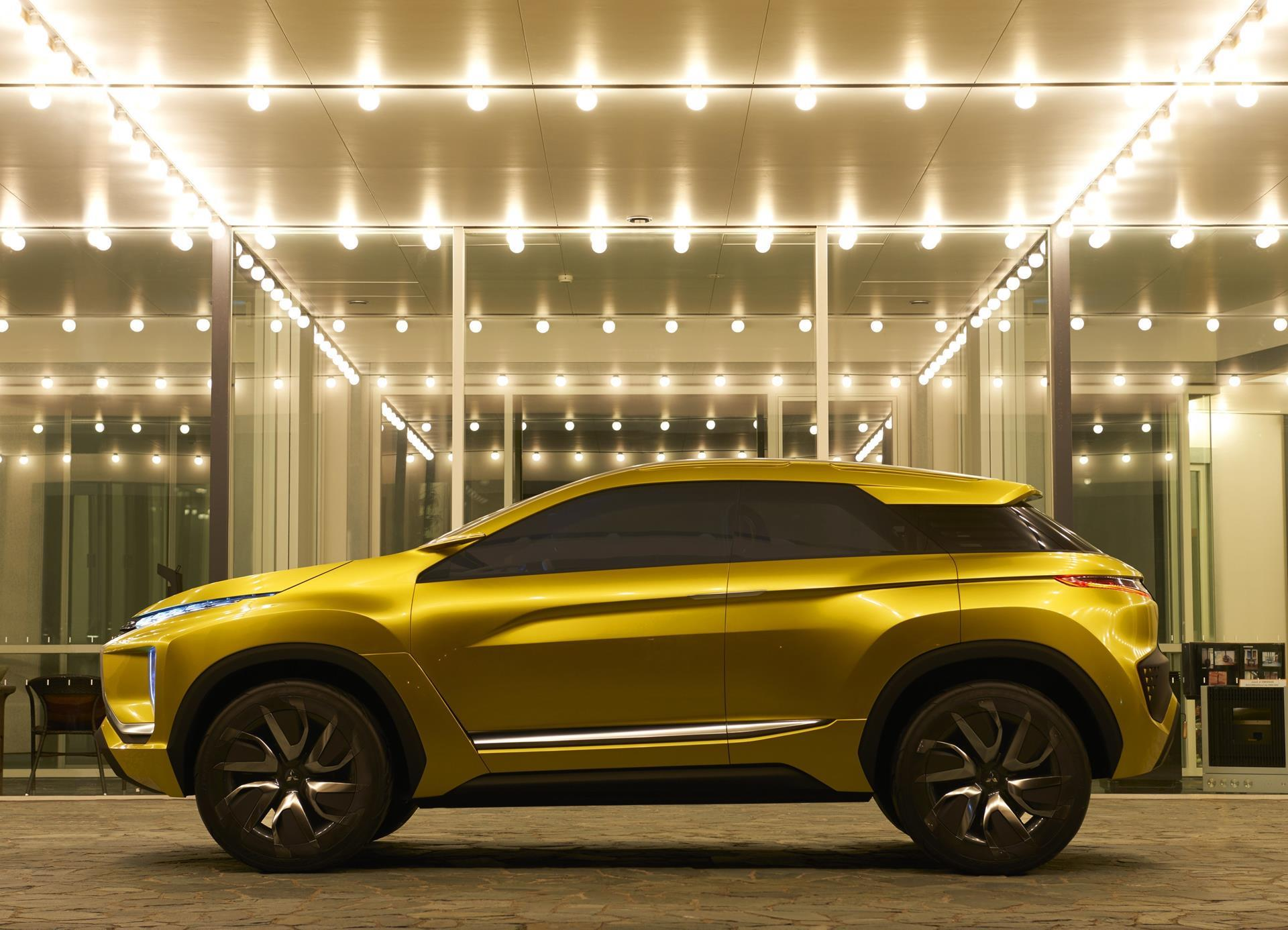 Mitsubishi eX Concept pictures and wallpaper