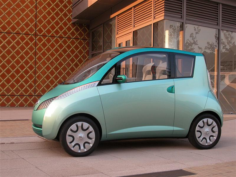 http://www.conceptcarz.com/images/Nissan/2003-Nissan-Effis-Concept-Image-02-800.jpg