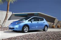 2012 Nissan LEAF image.