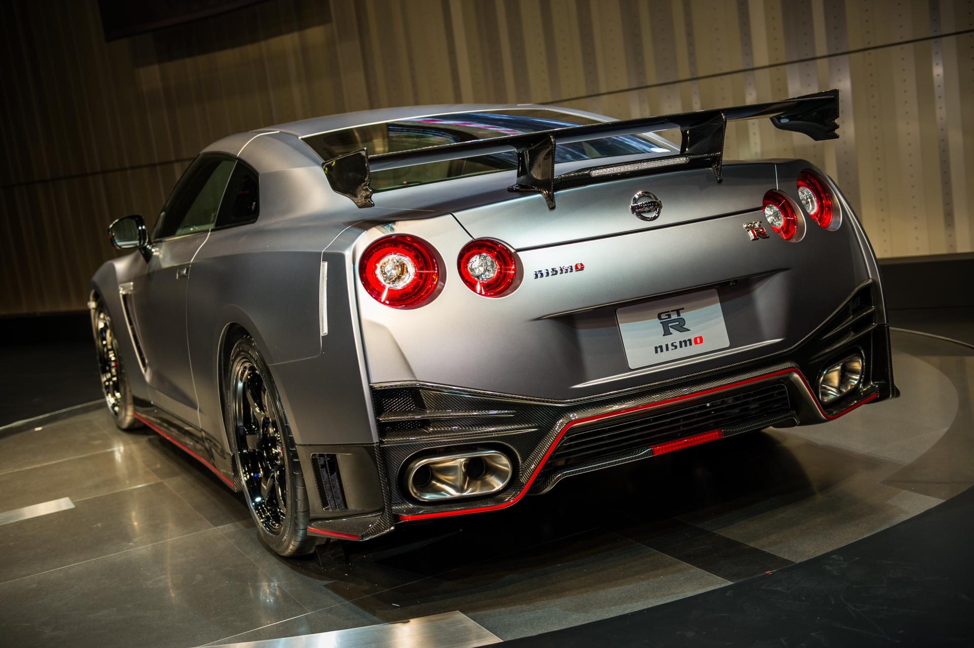 2015 nissan gt r nismo images photo 2015 nissan gt r nismo photo. Black Bedroom Furniture Sets. Home Design Ideas