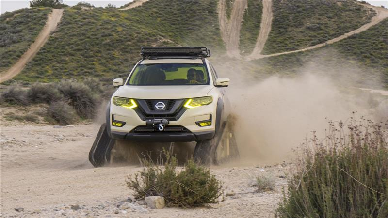 2017 Nissan Rogue Trail Warrior Project Image