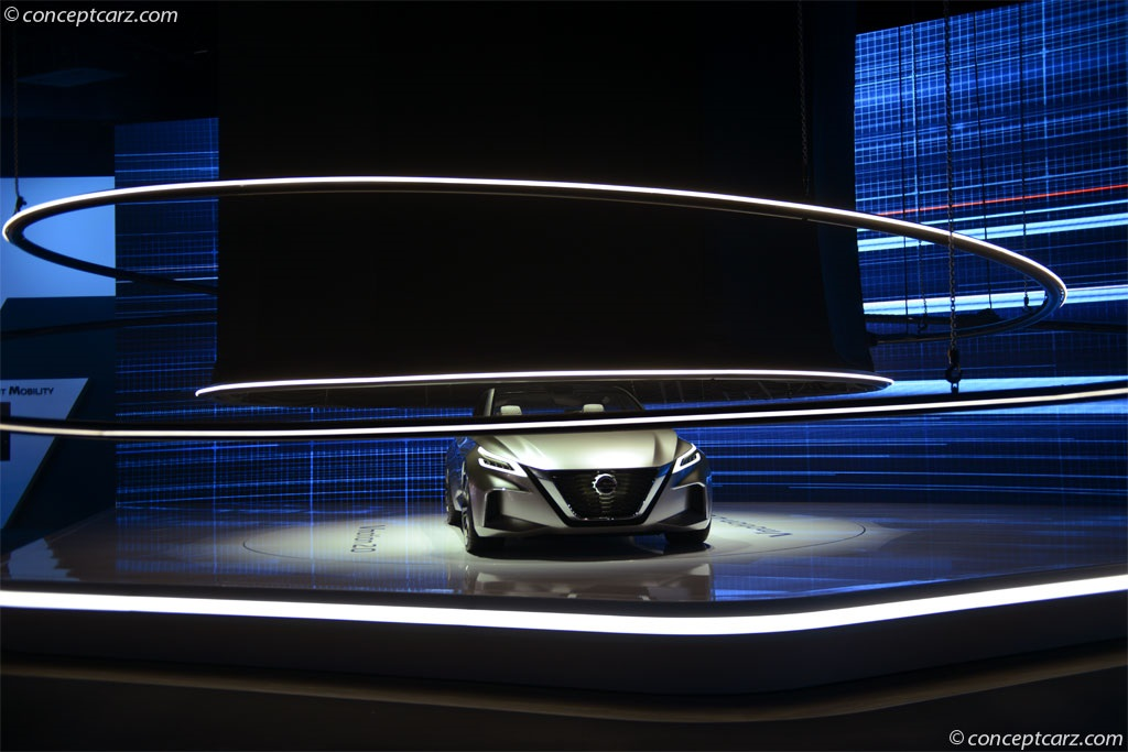 2017 Nissan Vmotion 2.0 Concept thumbnail image