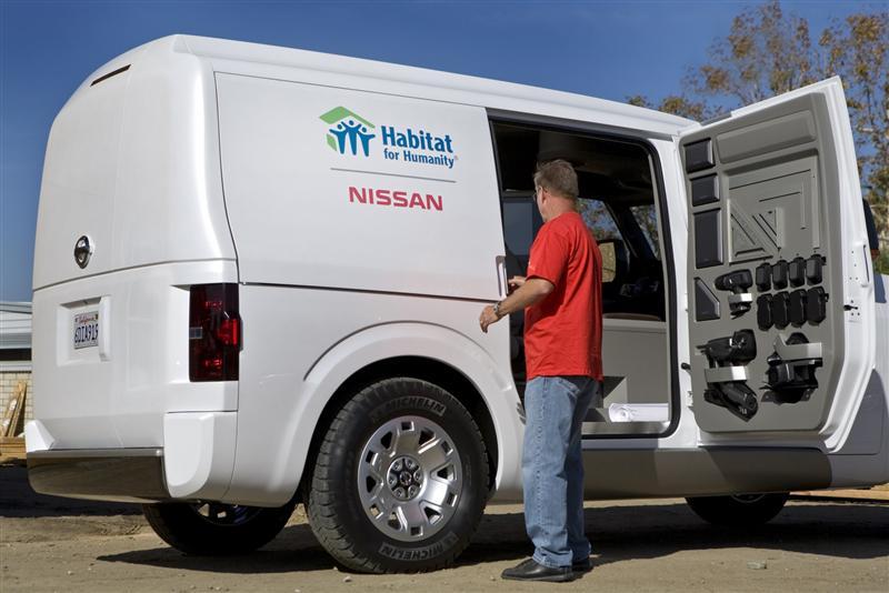 2017 Nissan NV3500 HD thumbnail image