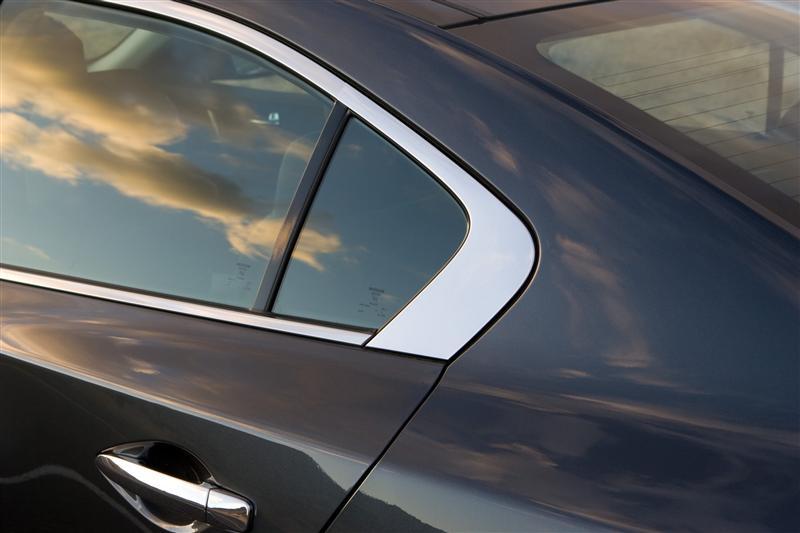2009 Nissan Maxima Image