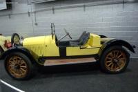 1916 Oakland Model 37 image.