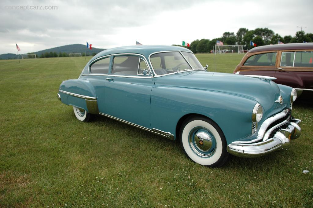 1957 chrysler 300c with 1949 Oldsmobile Rocket 88 Photo on Rubrique Liste further News additionally Find Test And Replace Blower Resistor Chrysler 396486 likewise 841798 1955 Ford F100 Body Colors 2 further 1969 Mercedes Benz 600 Photo.