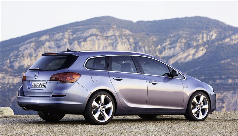 2011 Opel Astra Sports Tourer
