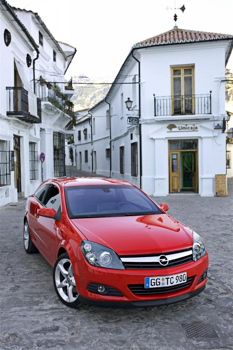 2009 Opel Astra GTC Image