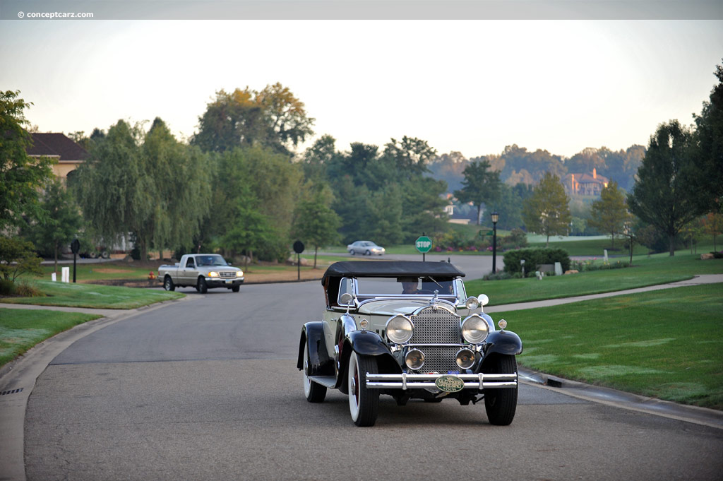 Packard 740 Custom Eight pictures and wallpaper
