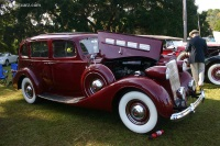 1937 Packard 1500 Super Eight image.