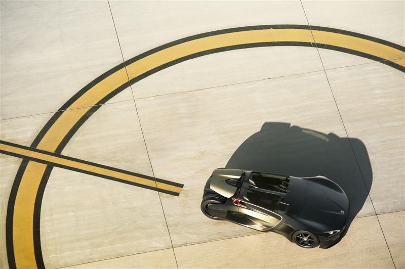 2010 Peugeot EX1 Concept thumbnail image