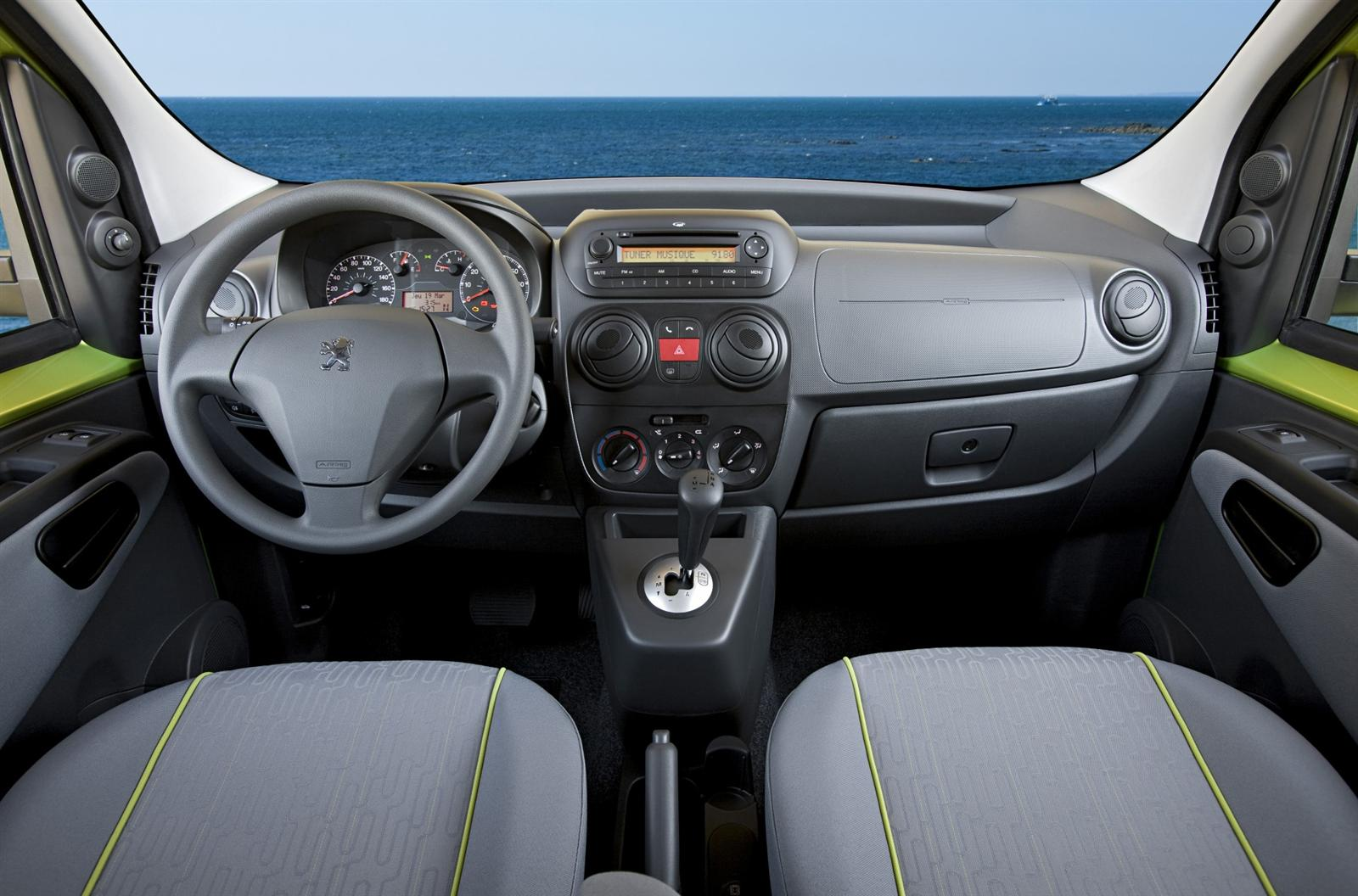 2011 Peugeot Bipper Tepee Image