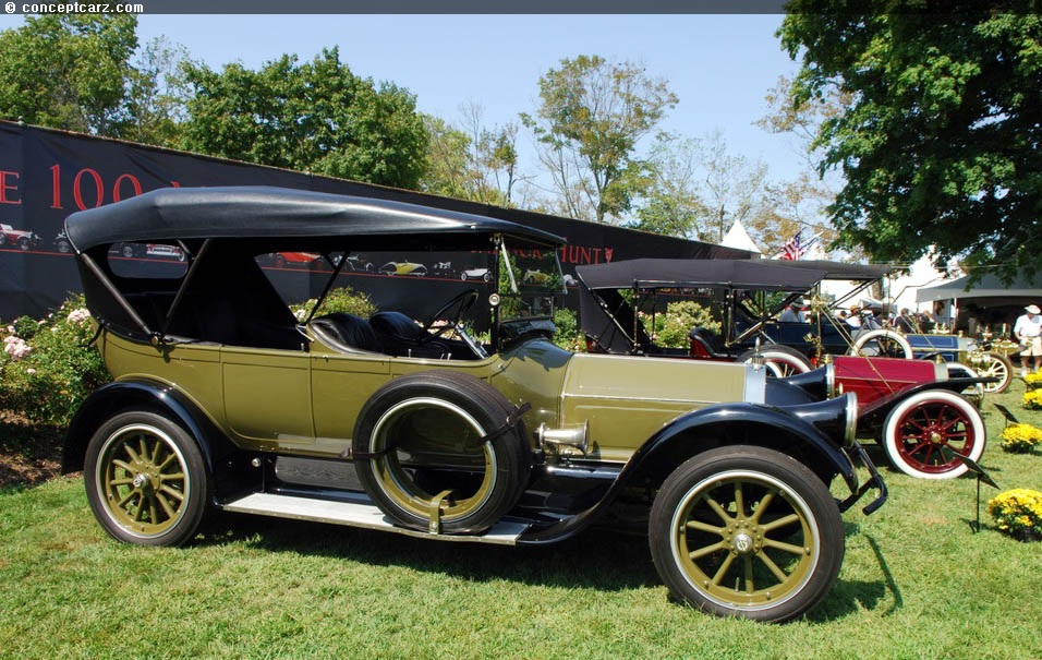 1919 Pierce Arrow Model 31 at the Radnor Hunt Concours dElegance