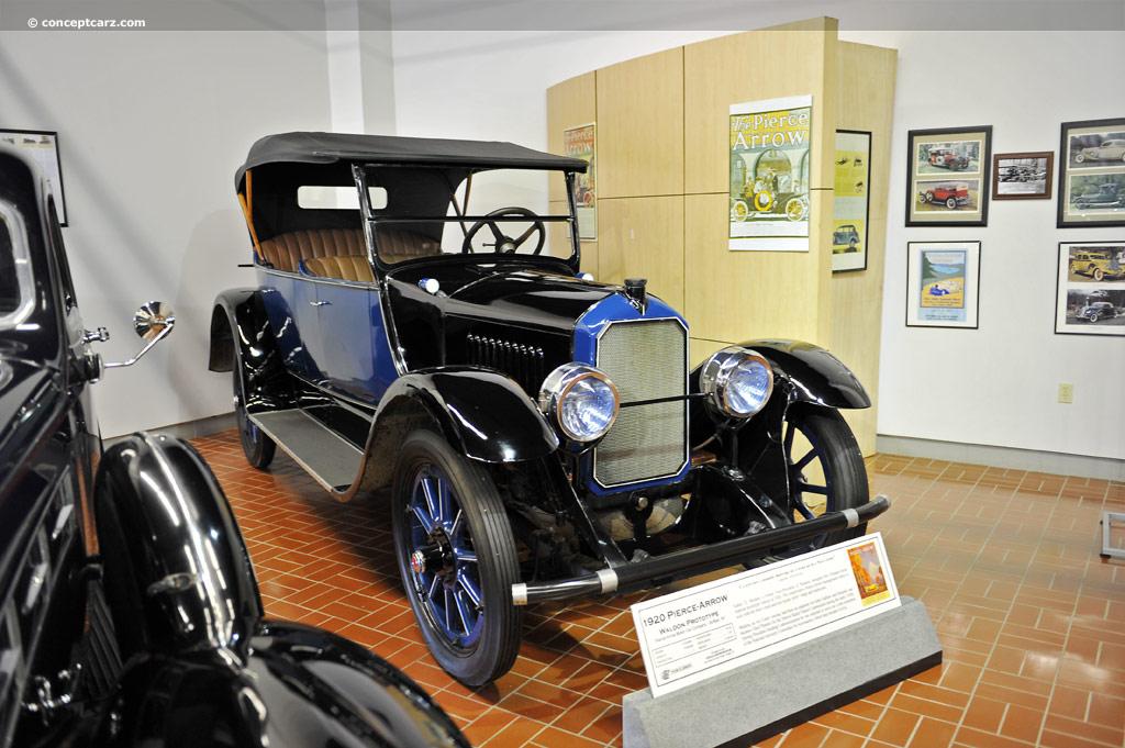 Pierce Race Cars: 1920 Pierce-Arrow Model 38