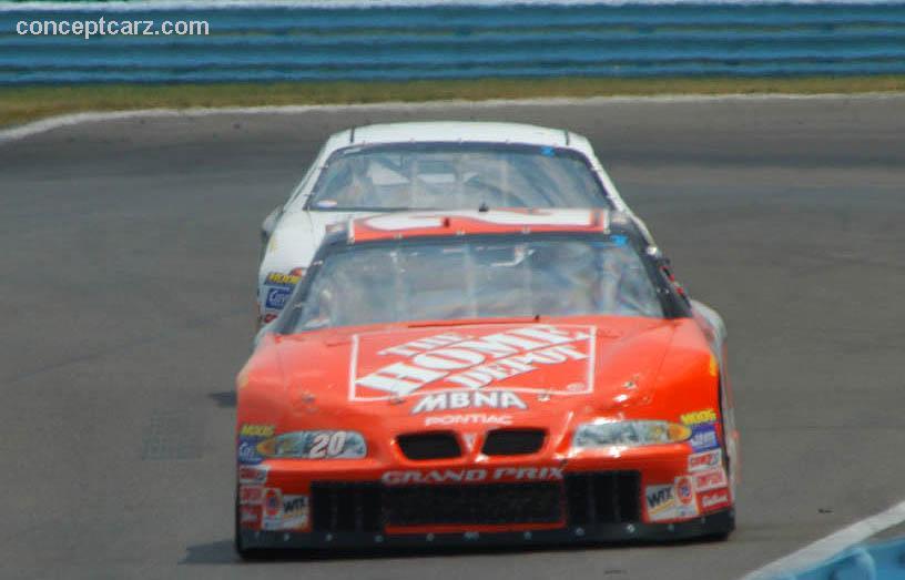 2002 Pontiac Grand Prix Nascar Image