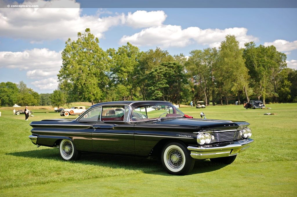 auction results and data for 1960 pontiac ventura silver. Black Bedroom Furniture Sets. Home Design Ideas