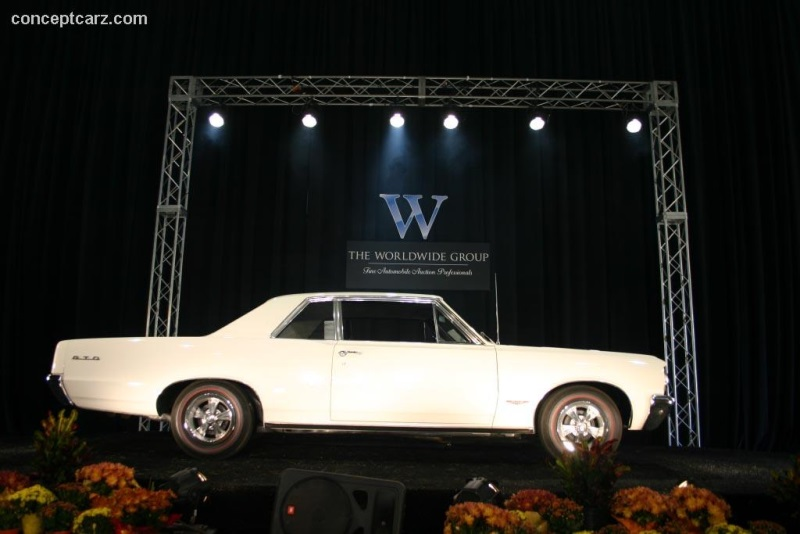 Alfa Romeo Giulia Dallas >> 1964 Pontiac Tempest at the Dallas Texas State Fair Car Show