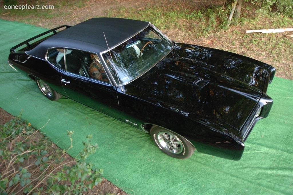 Pontiac Ventura - Car Photo Gallery