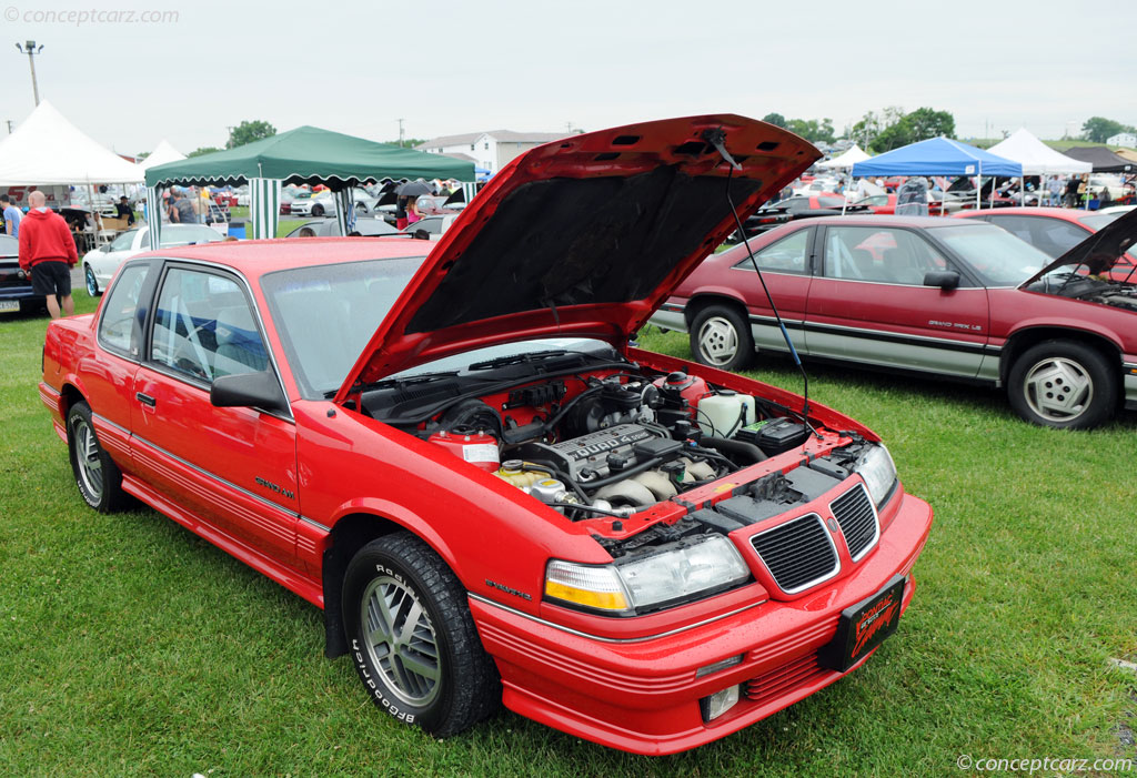 1990 Pontiac Grand Am Image