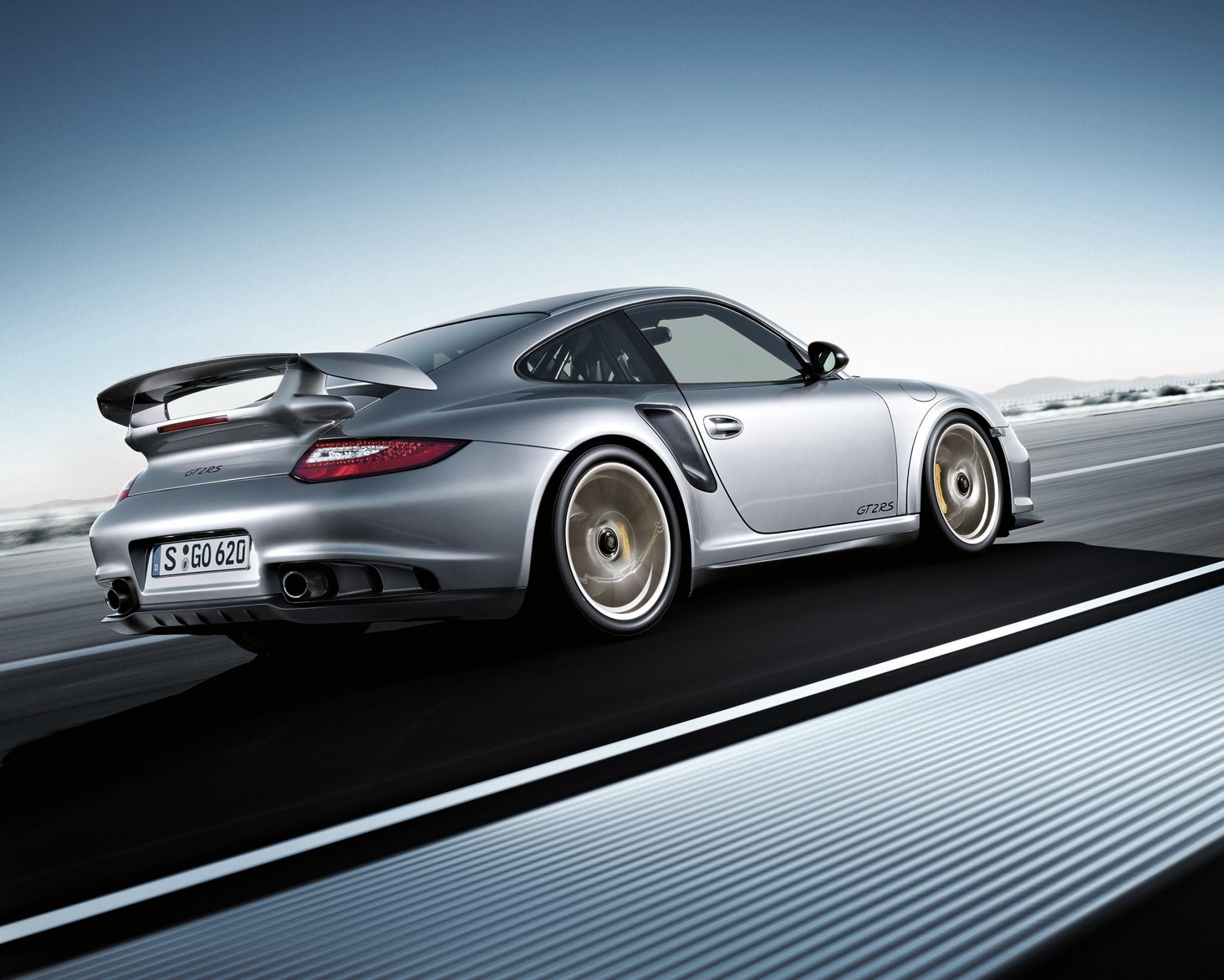 2011 Porsche 911 GT2 RS Image