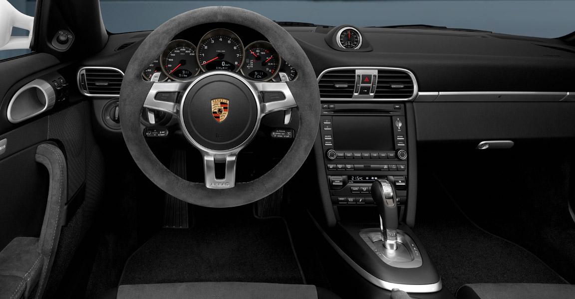 2012 Porsche 911 Carrera 4 GTS Image