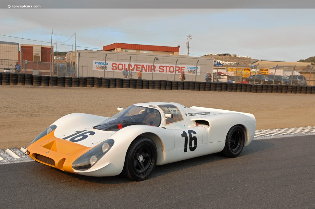 Porsche 908 on 4 cylinder race car