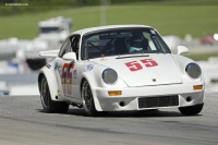 1977 Porsche 911 image.