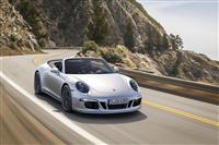 2015 Porsche 911 Carrera GTS image.