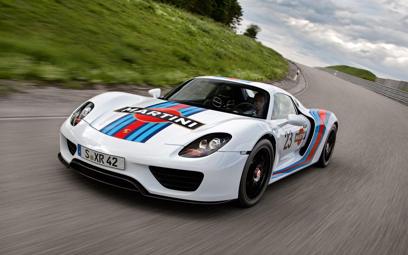2013 porsche 918 spyder martini livery images photo porsche 918 martini racing 2013 5. Black Bedroom Furniture Sets. Home Design Ideas