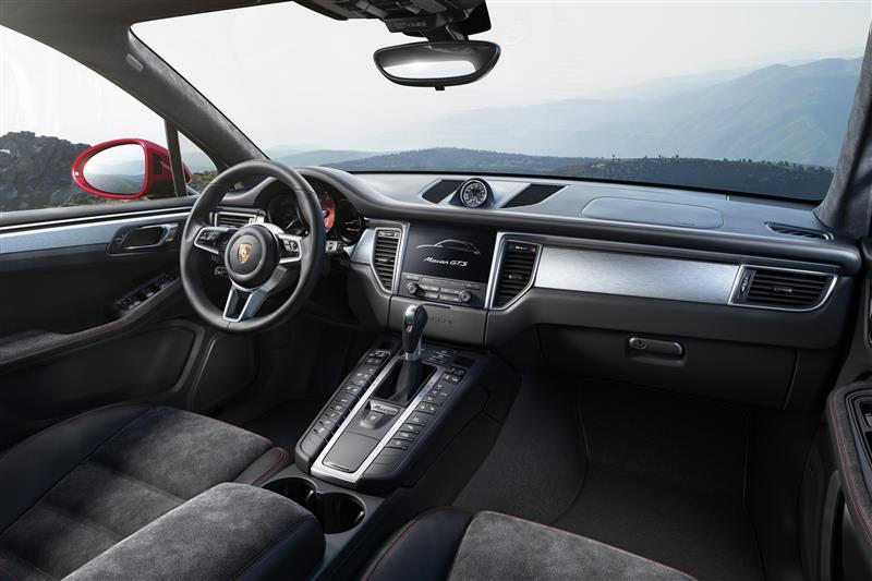 2016 Porsche Macan GTS Image