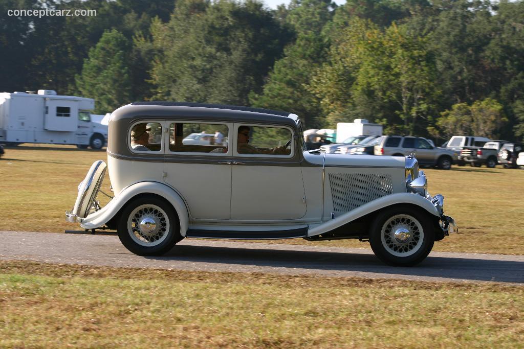 1933 Rockne Model 10 Image