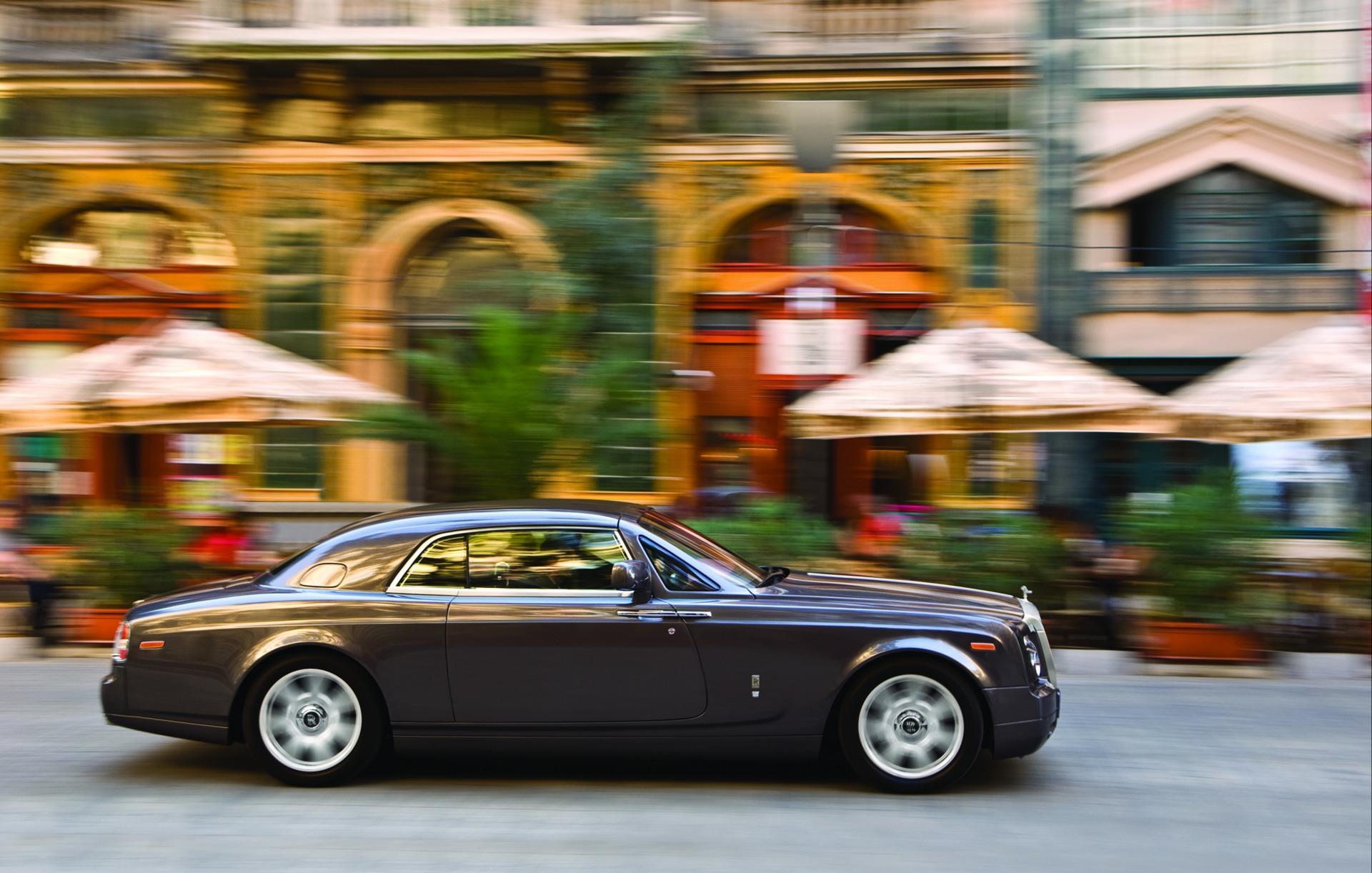 2010 Rolls-Royce Phantom Coupe - conceptcarz.com