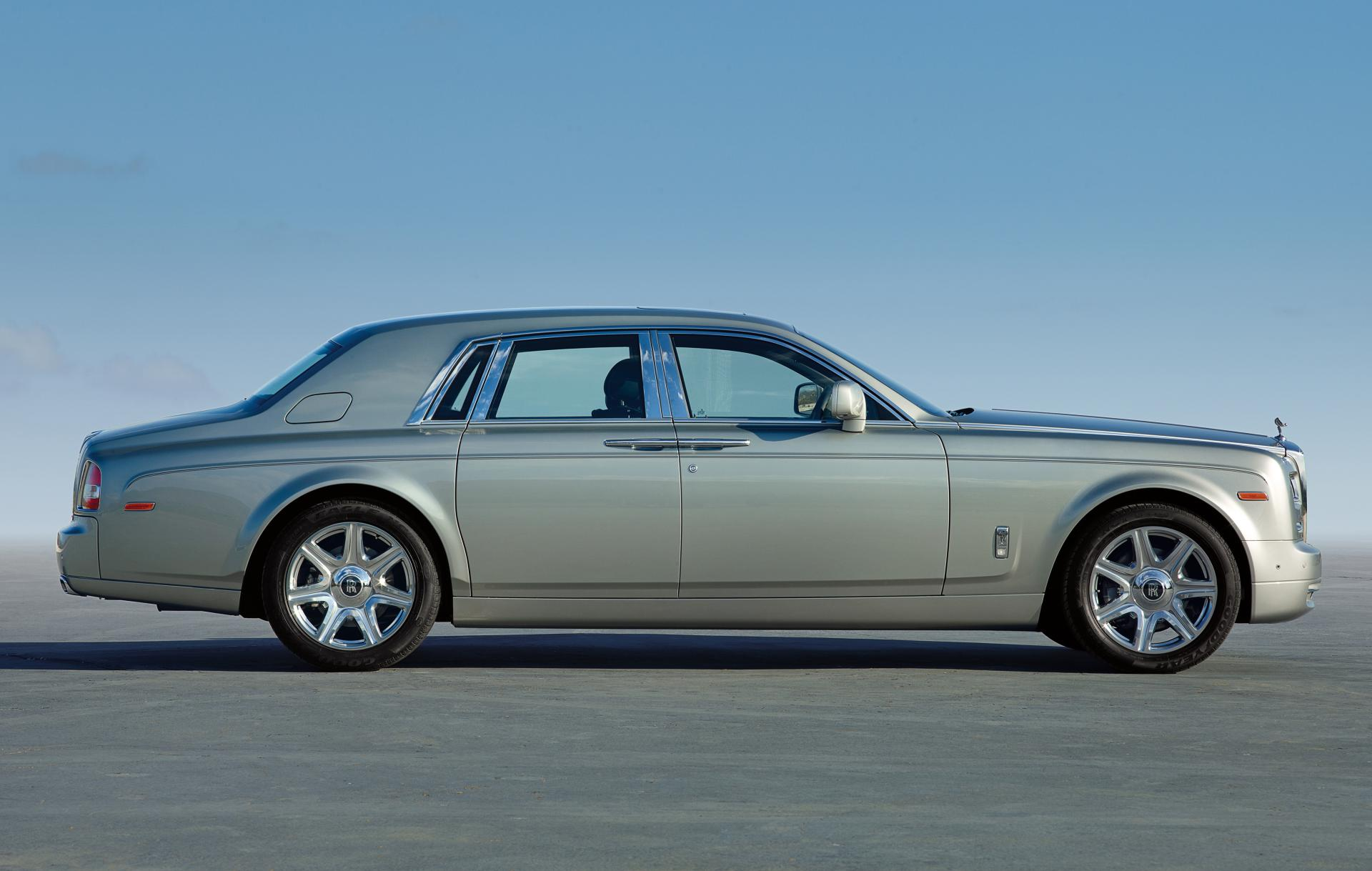 2013 rolls royce phantom. Black Bedroom Furniture Sets. Home Design Ideas