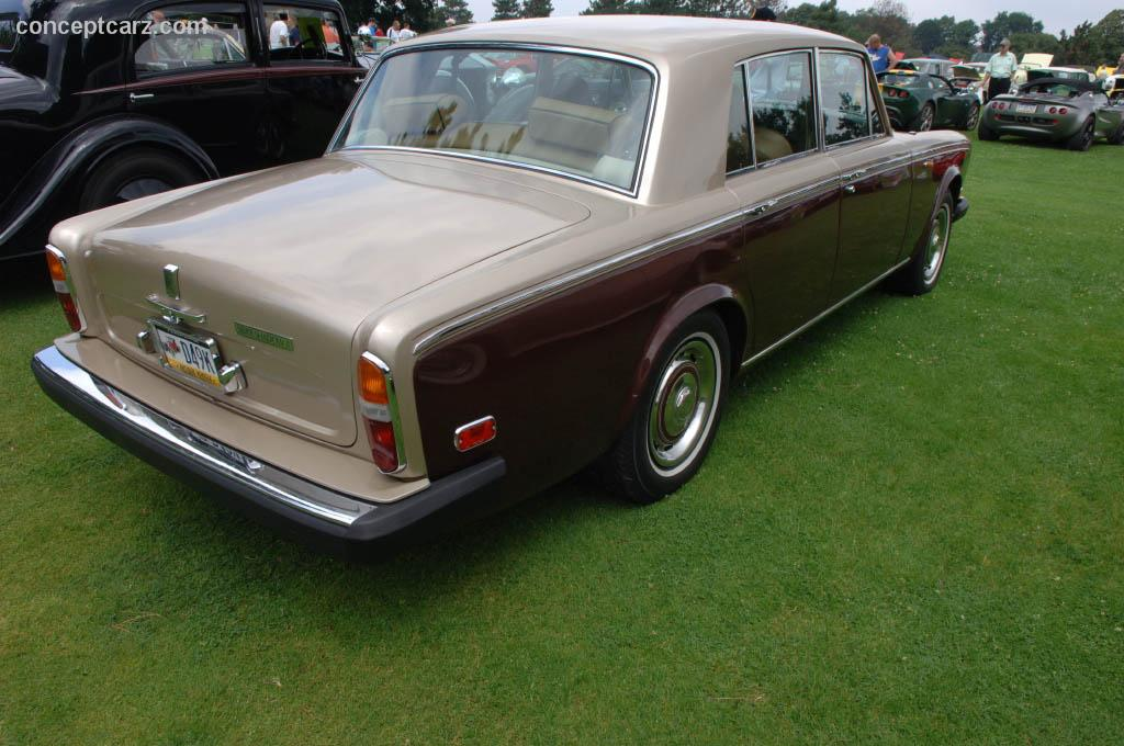 1977 rolls royce silver shadow ii at the pittsburgh vintage grand prix car show. Black Bedroom Furniture Sets. Home Design Ideas