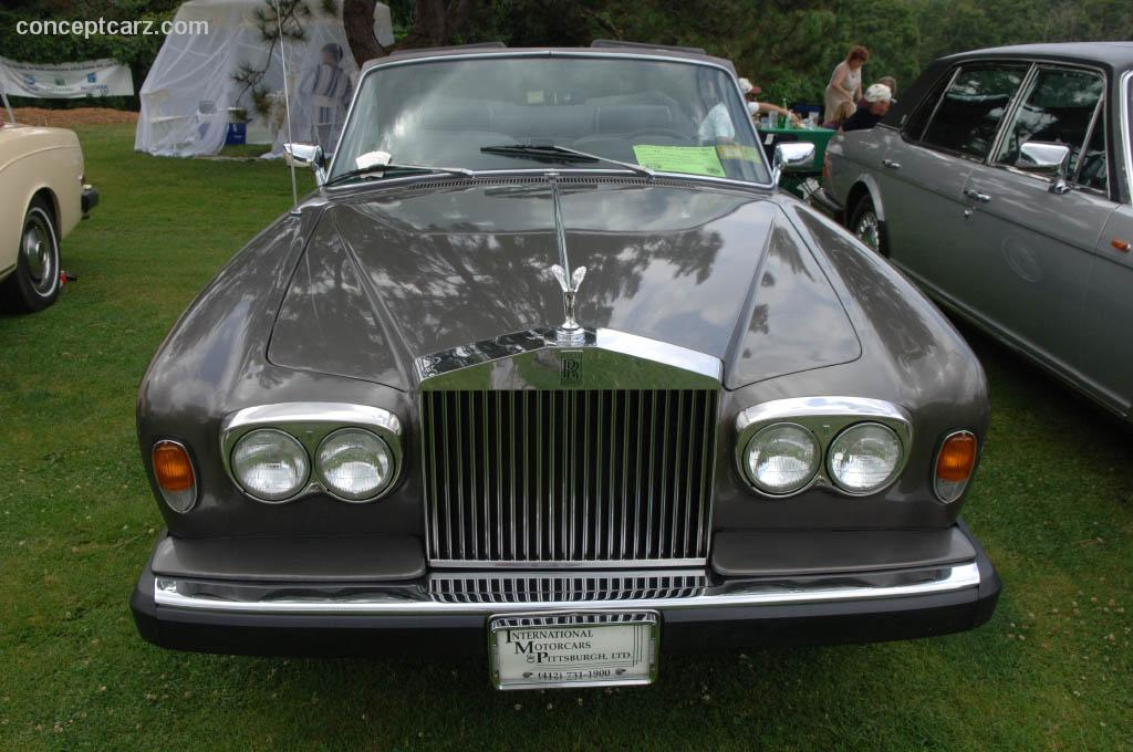 1979 rolls royce corniche at the pittsburgh vintage grand prix car show. Black Bedroom Furniture Sets. Home Design Ideas