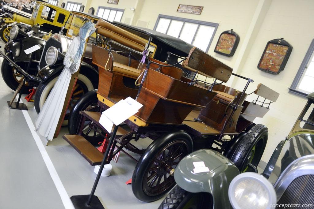 1908 Studebaker Electric photos