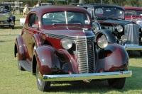 1937 Studebaker Dictator image.