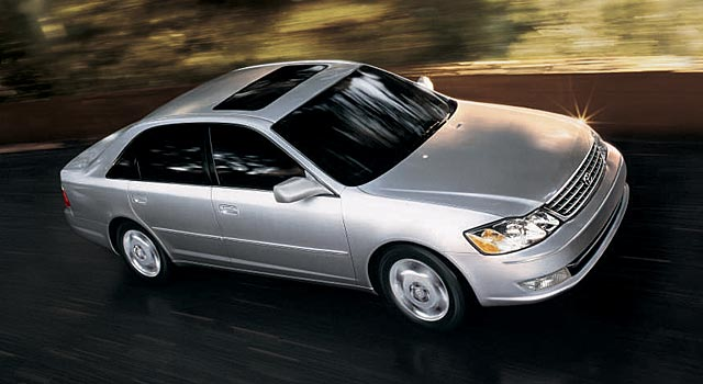2005 Toyota Avalon Pictures History Value Research News